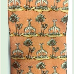 Giraffe Lovers LOOK! COLSWOLD COLLECTION Tie